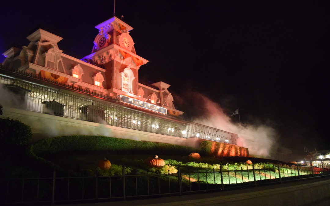 A Hauntingly Good Time at Mickey's Not So Scary Halloween Party 2017