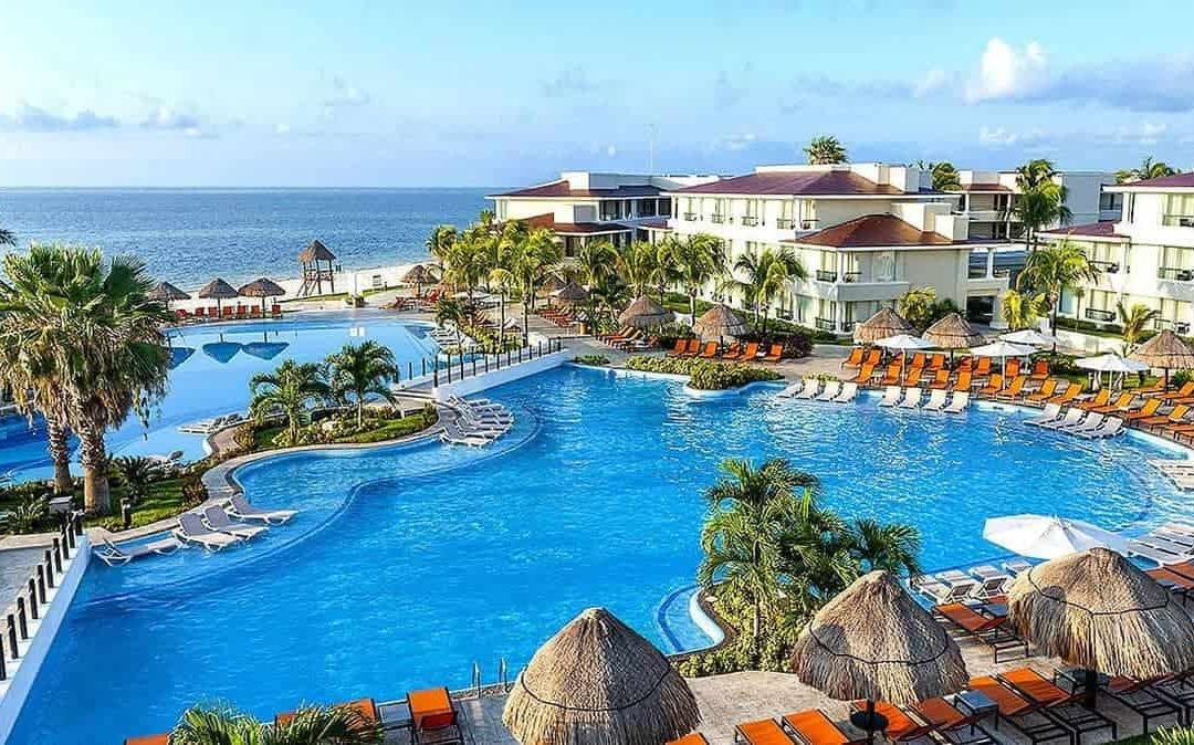 All-Inclusive Luxury at Palace Resorts